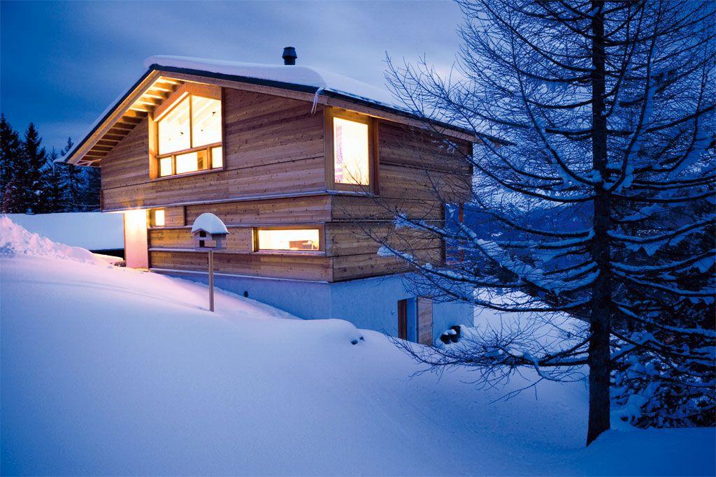 Holzhaus wohnen wie andere urlaub machen neubau for Chalet haus bauen