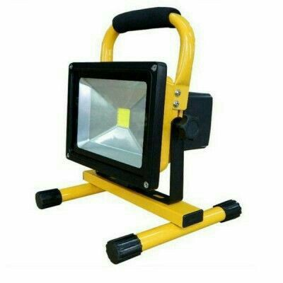Reflector Led 50w Recargable Portatil Para Areas Aisladas De Poco Acceso A Conexiones Electricas Led Outdoor Lighting Flood Lights Camping Lamp