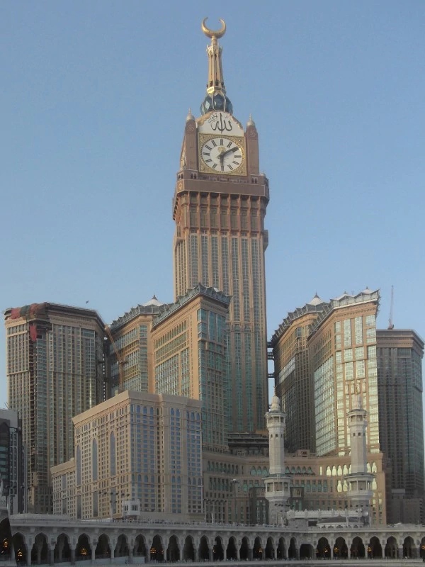 The 10 (+1) tallest buildings in the world in 2020