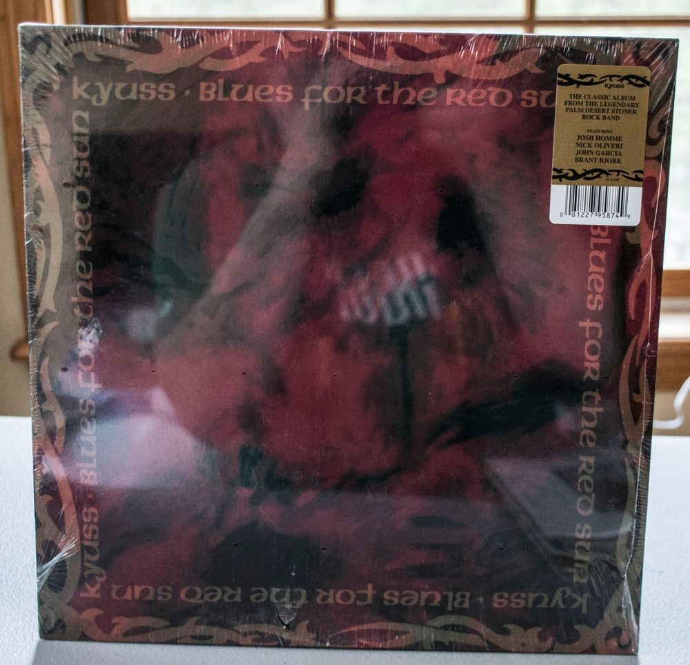 Kyuss Blues For The Red Sun Vinyl New Sealed 1992 Dali Rhino Warner Music With Images Red Sun Blue Red