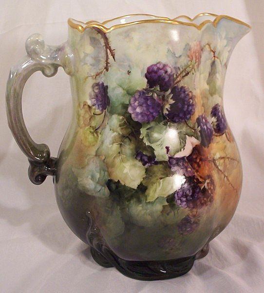 haviland limoges pitcher w hd painted blackberries old. Black Bedroom Furniture Sets. Home Design Ideas