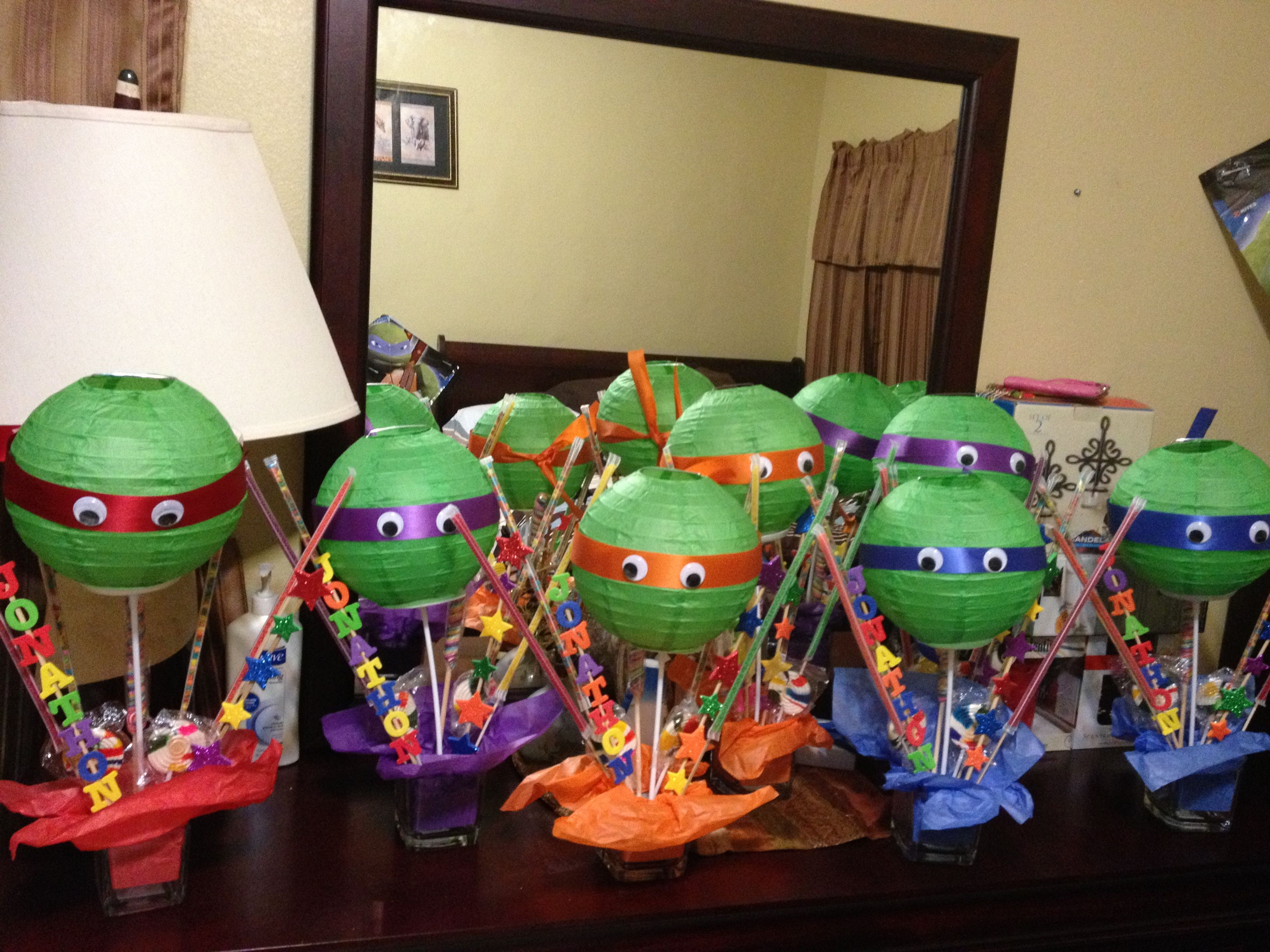 Diy centerpieces for ninja turtle party birthday parties for Tmnt decorations
