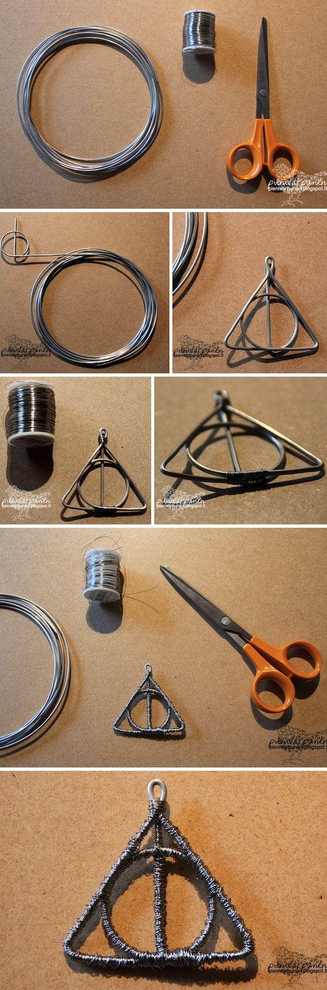 DIY Harry Potter Deadly Hallows pendant! Materials that I used: aluminum wire and silver-plated copper wire.  The original DIY instructions: http://pienivarpunen.blogspot.fi/2013/08/diy-riipuksia-alumiinilangasta-arvonta.html