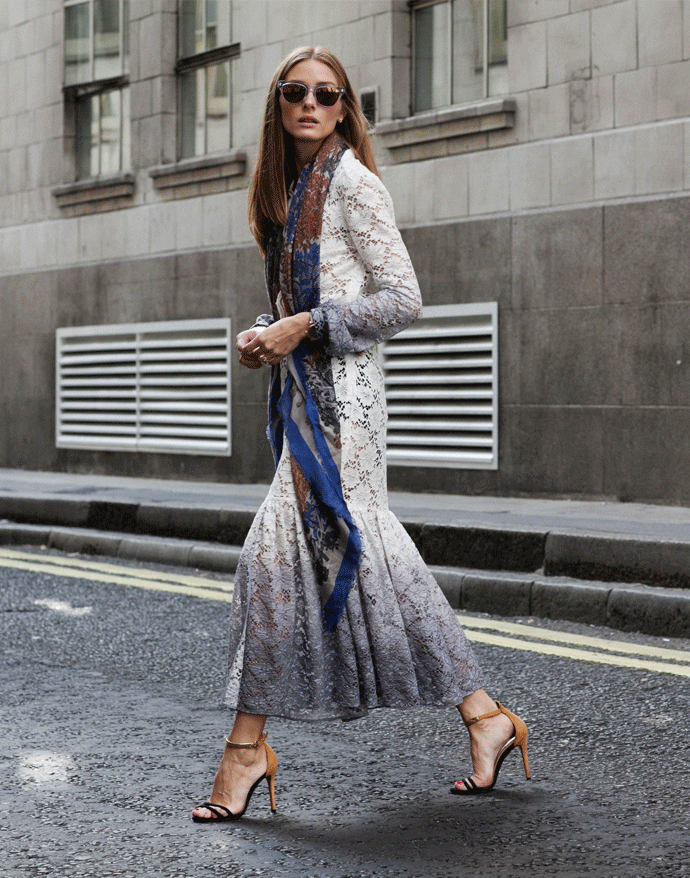 Photos by Phill Taylor Hi everyone! For look 8 of my fashion week diary I'm wearing a beautiful long-sleeve ombre lace dress from Burberry Prorsum's Resort 2015 collection. I've a…