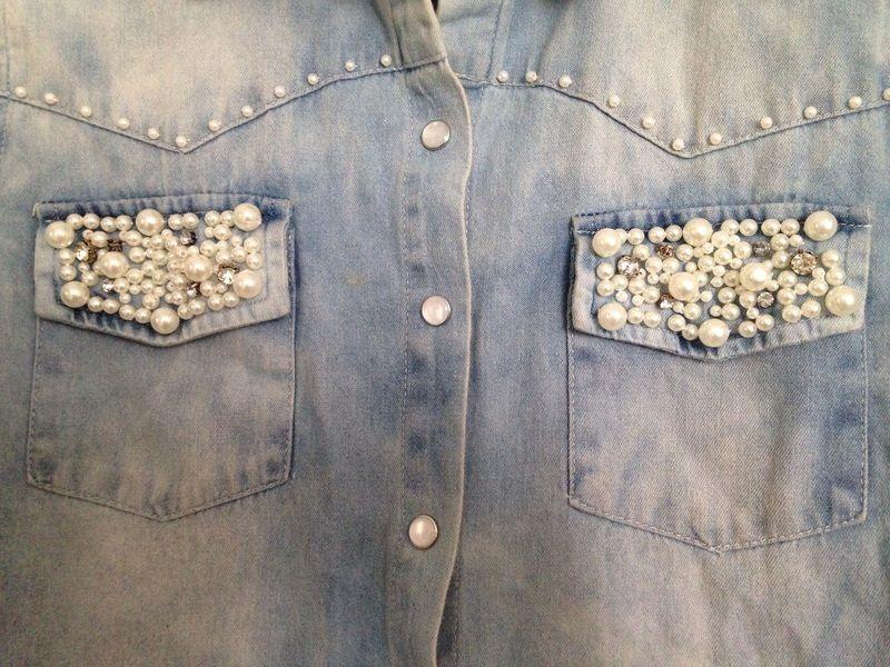 a3a81ca6b5ec7 Chemise style jean avec perle nacre - vinted.fr