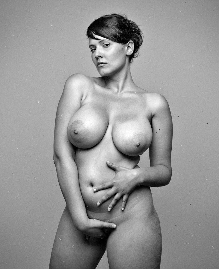 Darcy wretsky naked