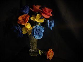 Pomysły plastyczne dla każdego, DiY - Joanna Wajdenfeld: Świecowe kwiatki z płatków