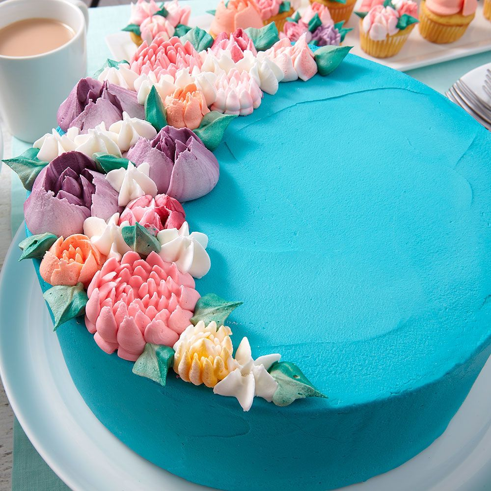 Making a beautiful birthday cake is easy and fun with this ...