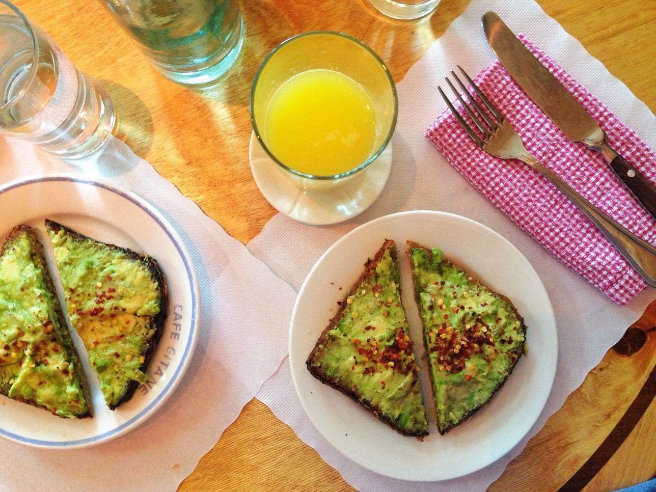 A Complete Made-for-Instagram Avocado Toast RecipeGuide