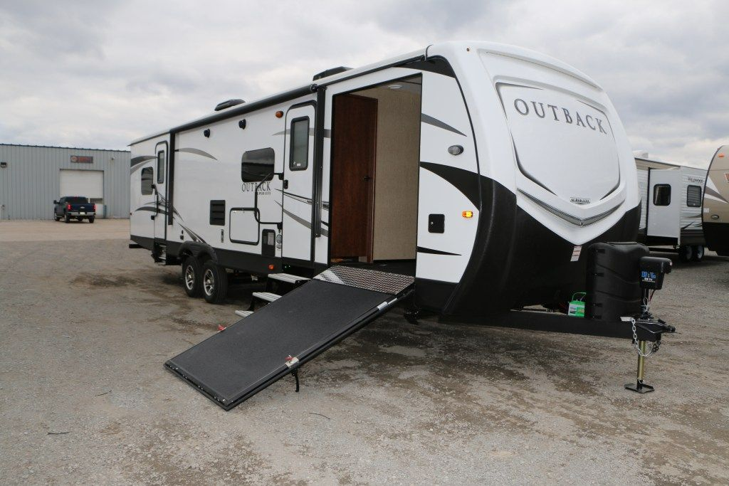 Toy Hauler Bunkhouse In One 2017 Keystone Outback 324cg The Front Of This Unit Is A Bun Travel Trailers For Sale Toy Hauler Travel Trailer Travel Trailer