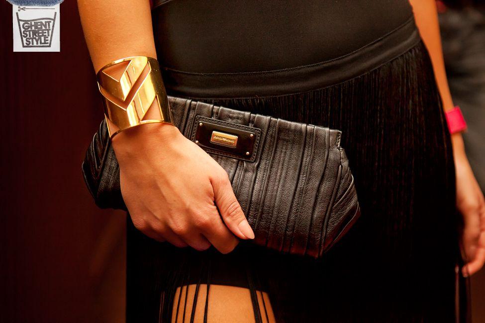 Elira03-handbag-armani-black