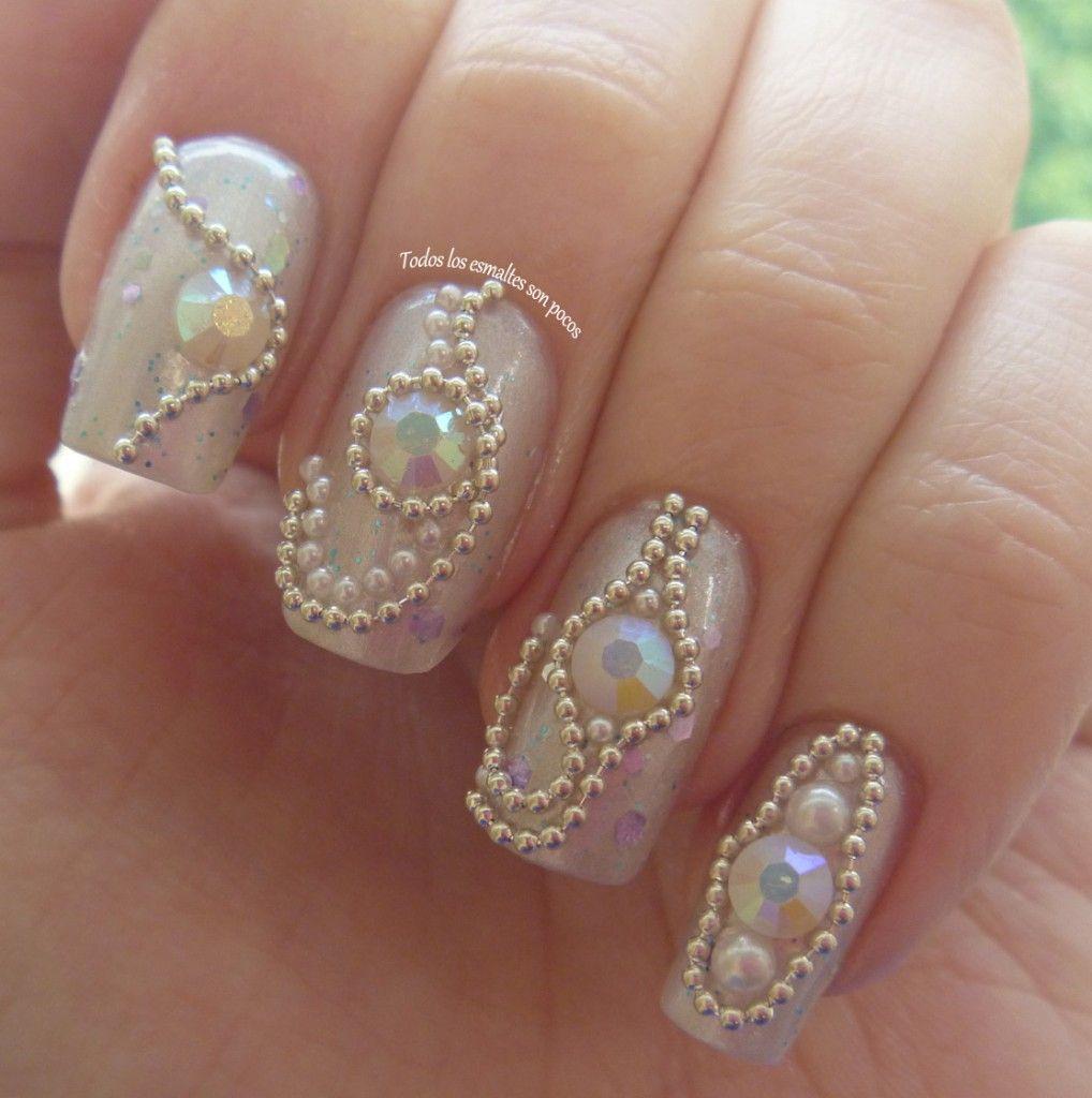 U as decoradas con piedras de cristal muy elegantes u as for Cristales swarovski para decorar unas