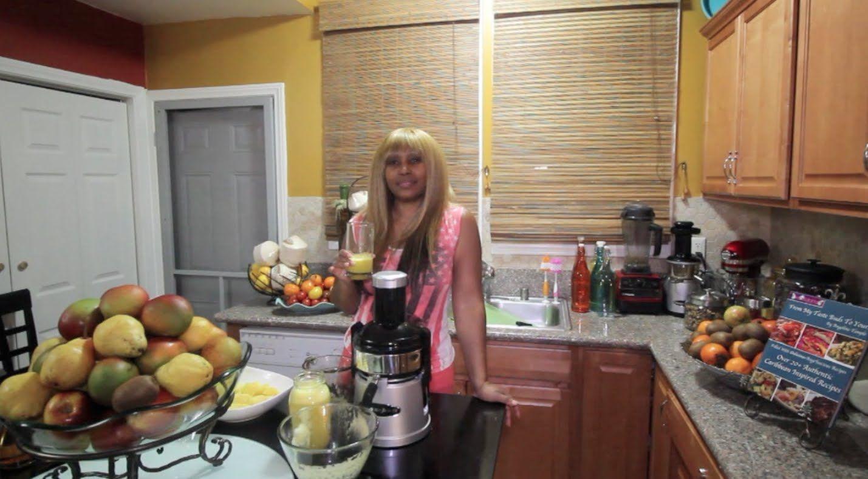 How to Make Fresh Pineapple Ginger Juice Ginger juice
