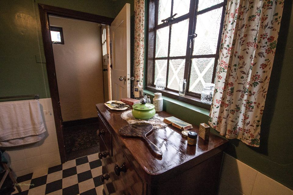 1930s Bathroom At The Old Forge War Time House Sittingbourne Kent