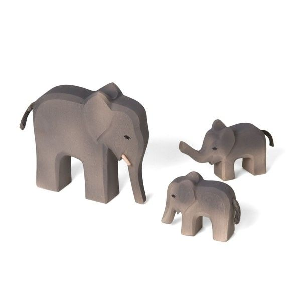 Our Elephant Family Is Hand Carved By Michael Engelberger In Germany