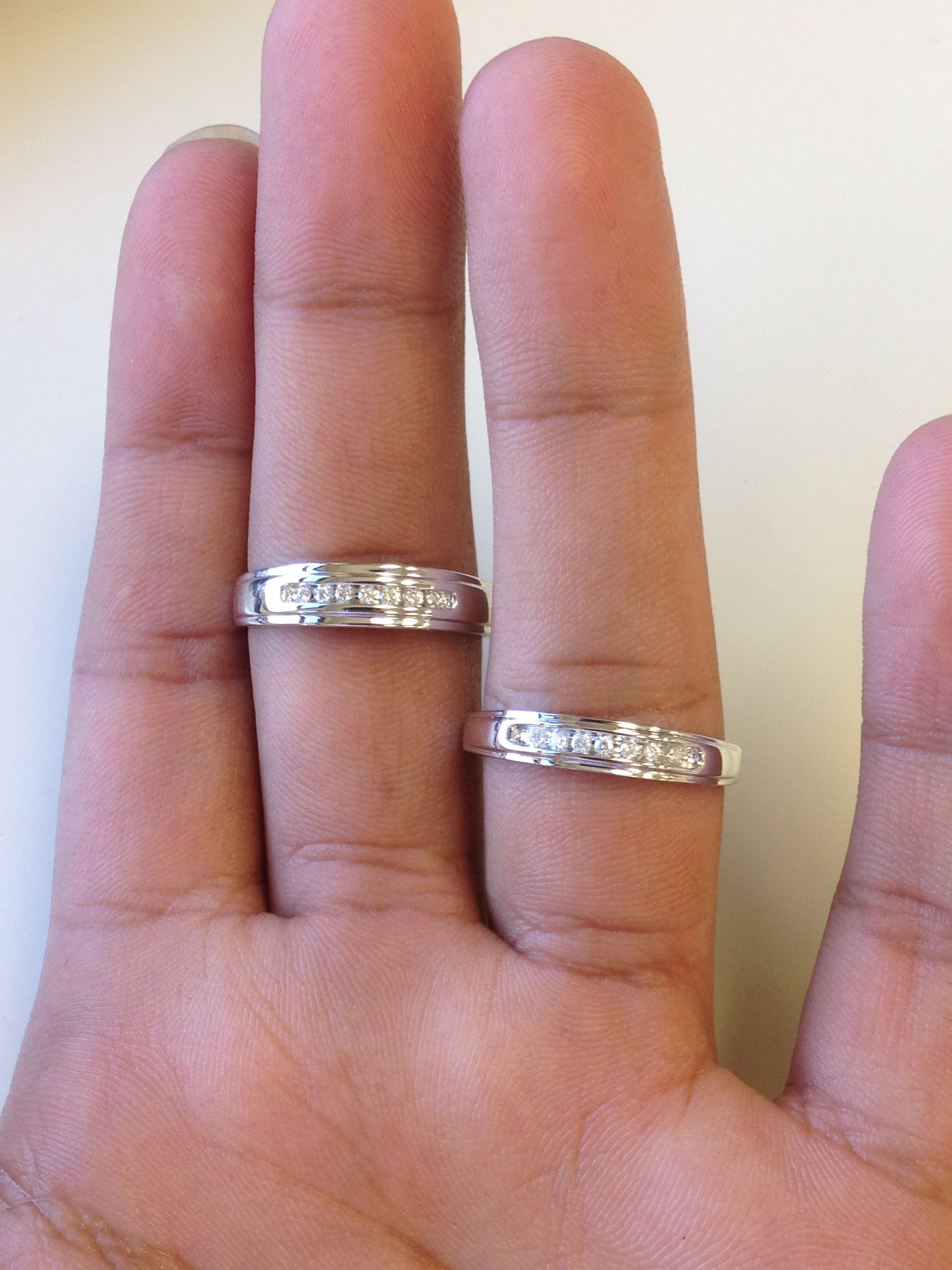 Which Hand Wedding Ring Female.Rings On Hand Wedding Band Set Wb521y Ladies Wedding Band Mens