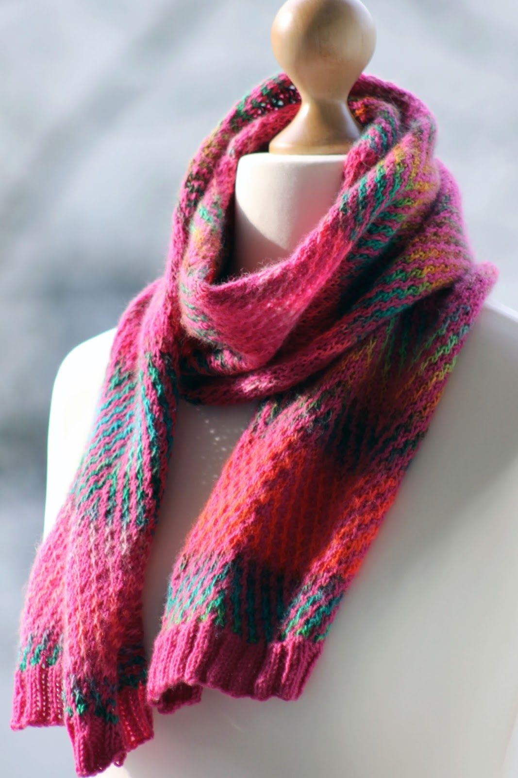 Zigazig Ah Scarf Balls to the Walls Knits, A collection of free one ...