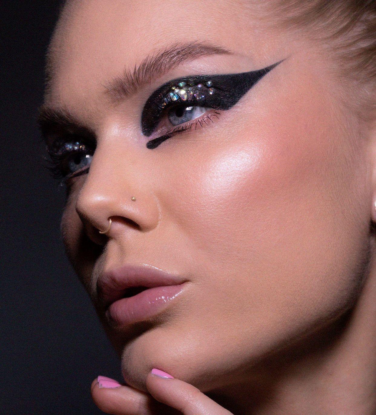 Todays look | Rusty - Linda Hallberg | Makeup looks, Melt