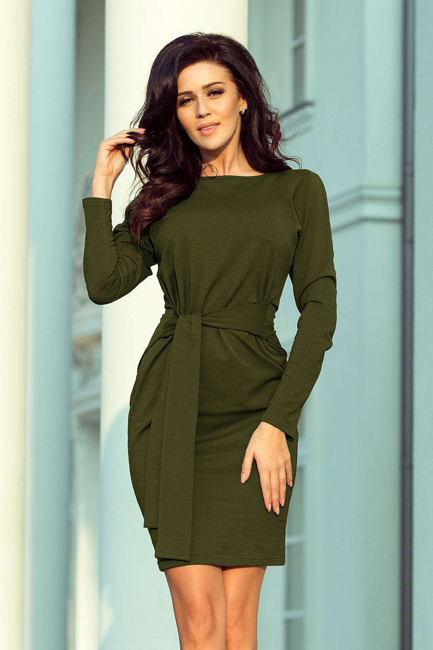 ff383f7af5 Sportowa sukienka z wiązaniem w pasie i długim rękawkiem - kolor khaki.   numoco  dress  dresses  fashion  fashion19  khakidress  khaki   militarydress ...