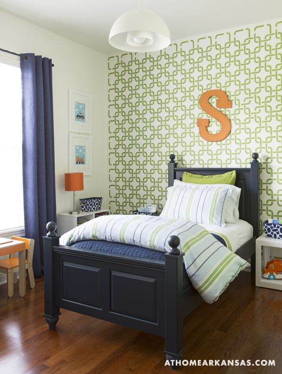 Twin Boys Bedroom Ideas: Stenciled Feature Wall