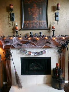 Allison's Awesome Halloween Mantle