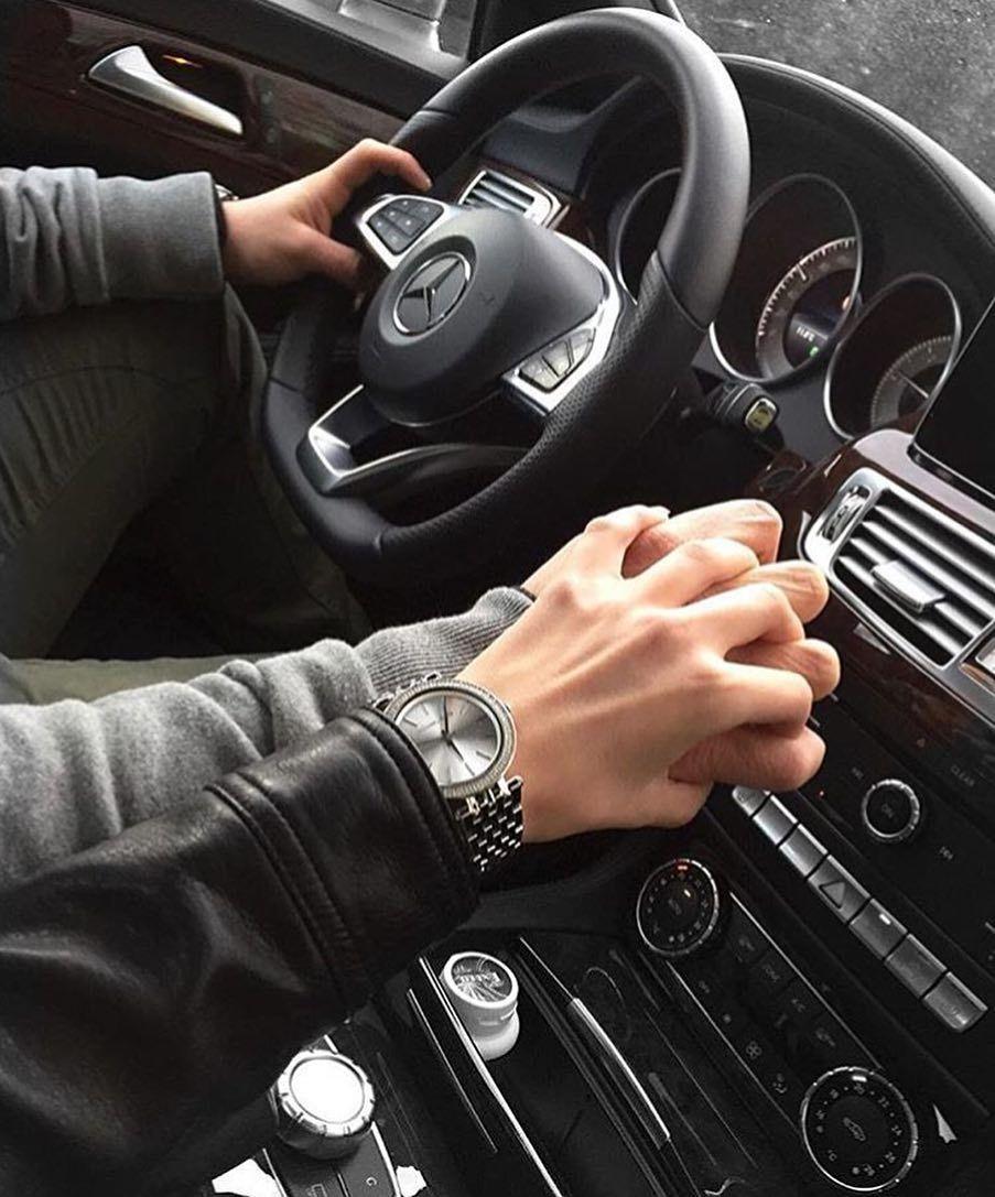 Рука в руке в машине фото картинки