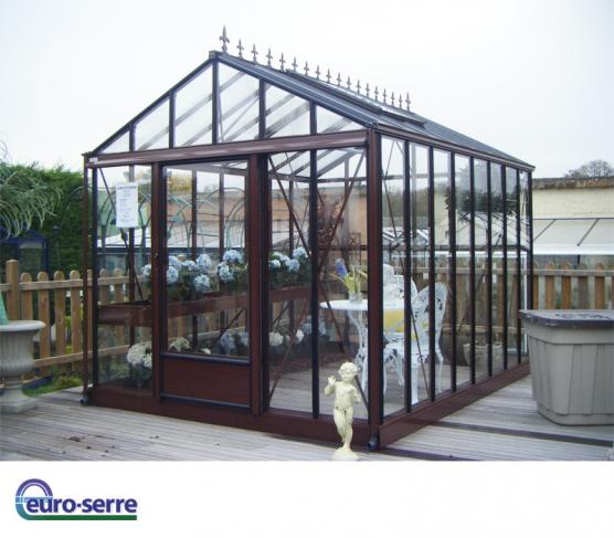 Un Style Retro Serre Jardin Jardin D Hiver Jardins