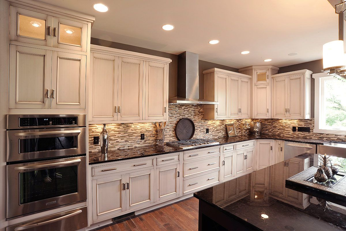 Olentangy falls parade home kitchen kitchen design pictures