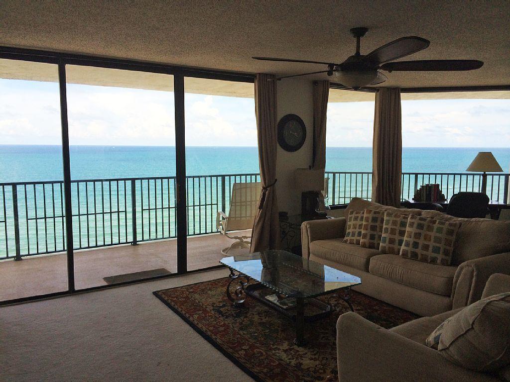 Booked 1390 Wk Ashley Vacation Rental Vrbo 497823 3 Br Daytona Beach Shores Condo In Fl Ocean Ocea Daytona Beach Shores Oceanfront Condo Beach Apartment