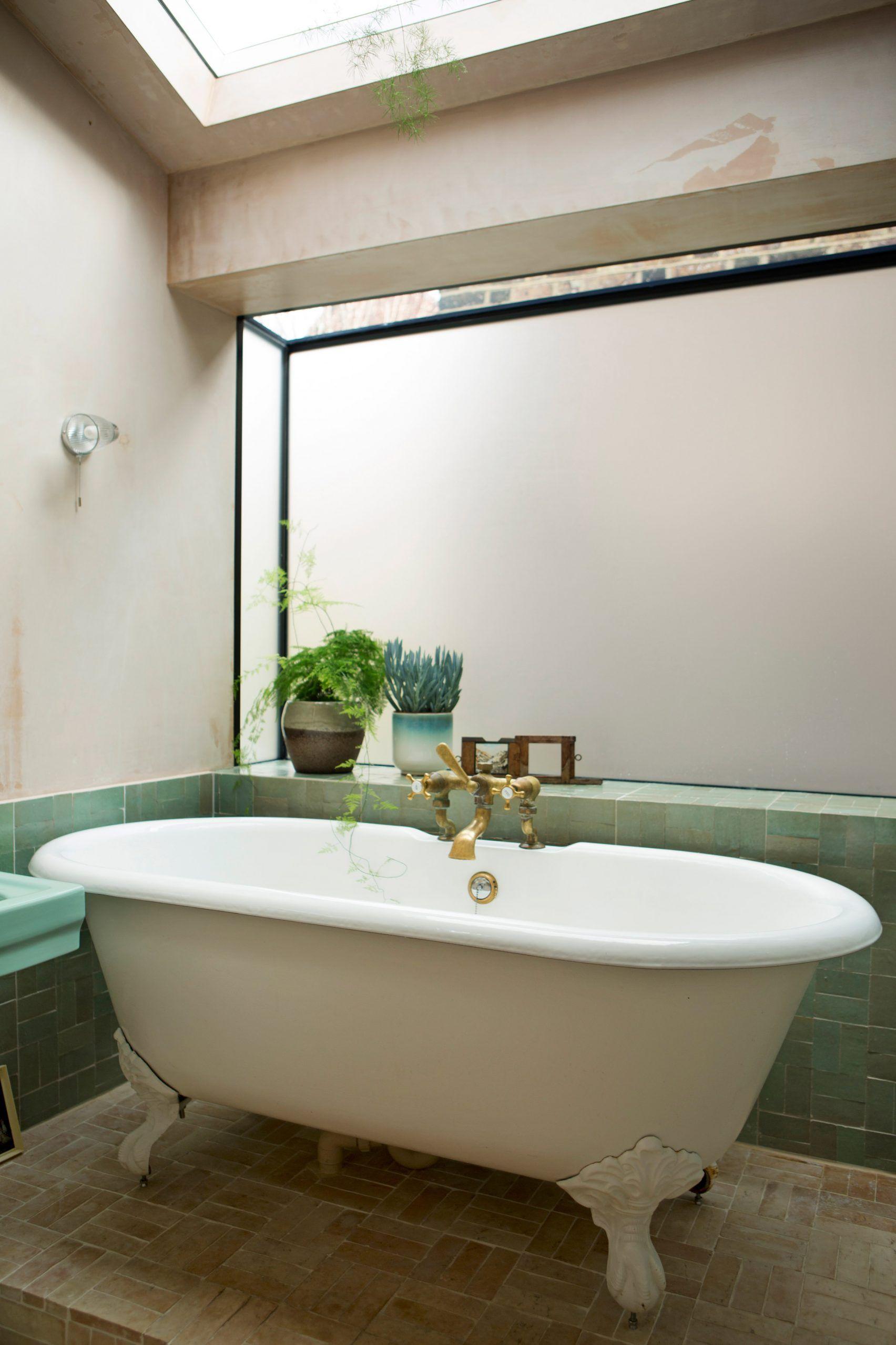 A Pink Concrete Extension For A Victorian Home In London In 2020 Mit Bildern Wohnen Wohnen Im Alter Toiletten