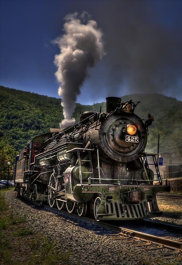 1940s Pennsylvania Railroad travel poster featuring the T1 ... |Reading Railroad Train Art Prints