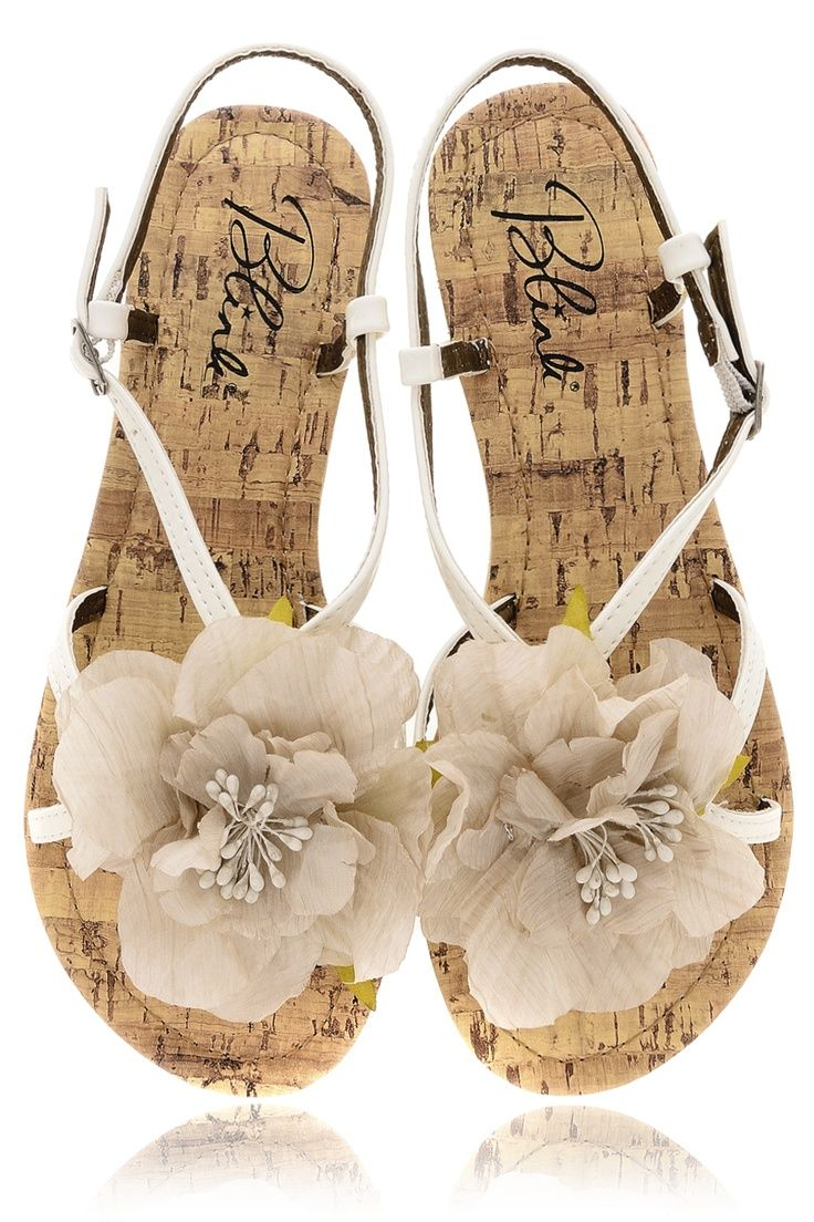Blink Fiore White Sandals Sandals With Flowers Pinterest Sandals