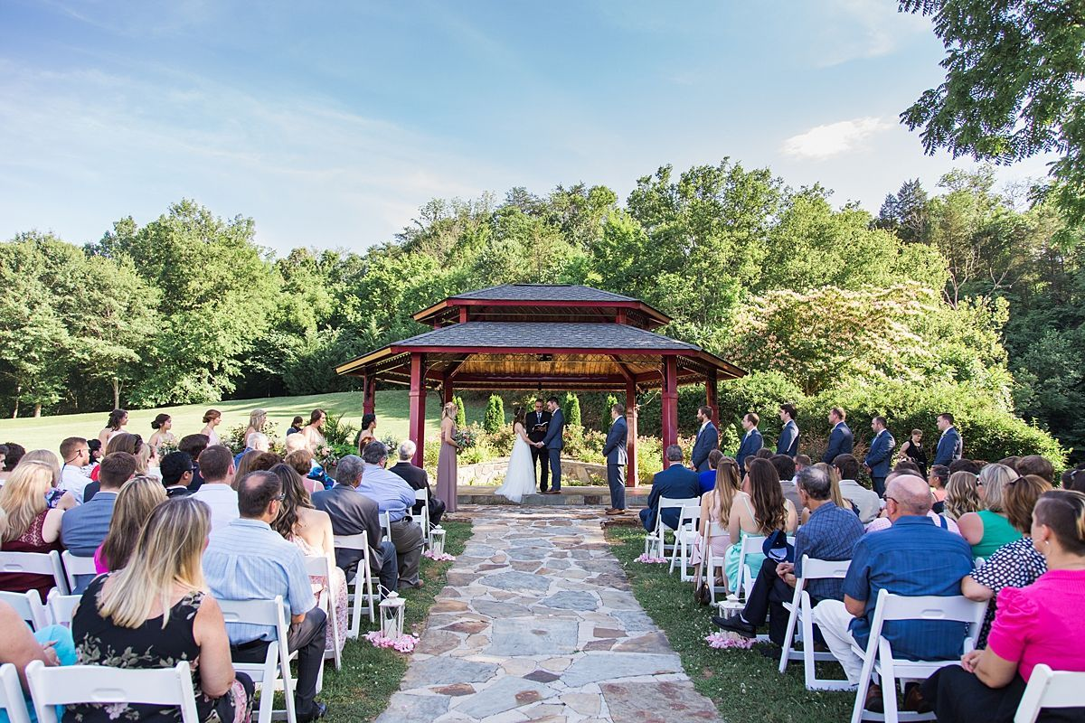 A Summer Garden Wedding In Knoxville Tennessee Wedding Venues