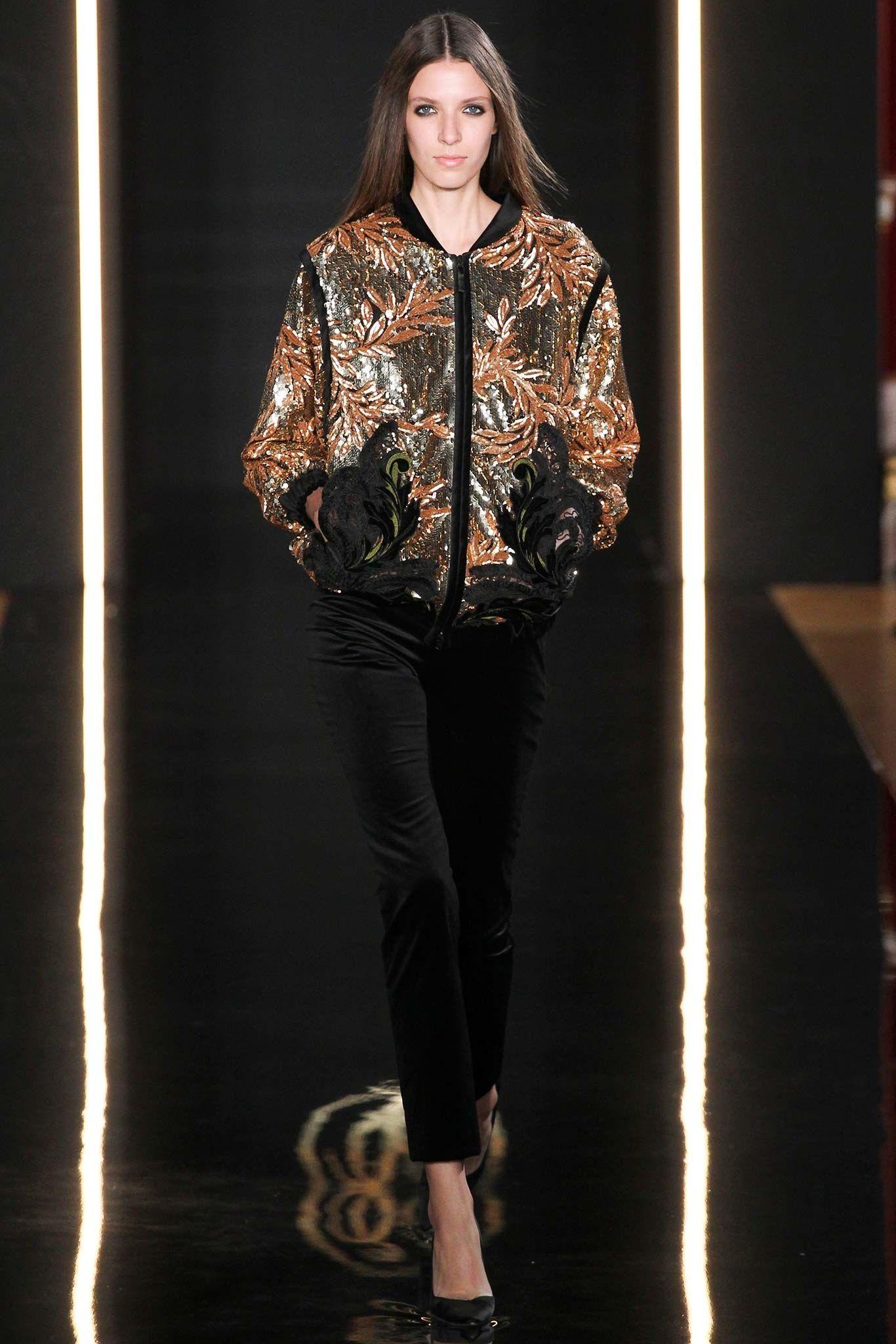 Valentin Yudashkin Fall 2015 Ready-to-Wear Fashion Show Look 19