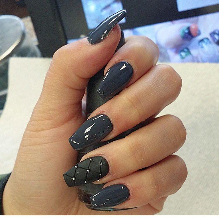 Charcoal Grey Nails Grey Nail Designs Gray Nails Simple Nail Designs
