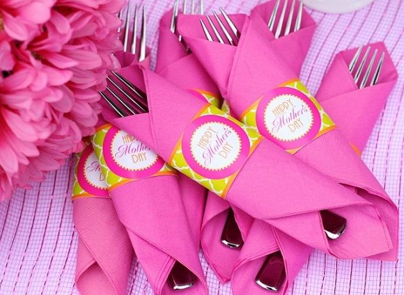 Mothers Day CHURCH breakfast TABLE SETTING Restaurant