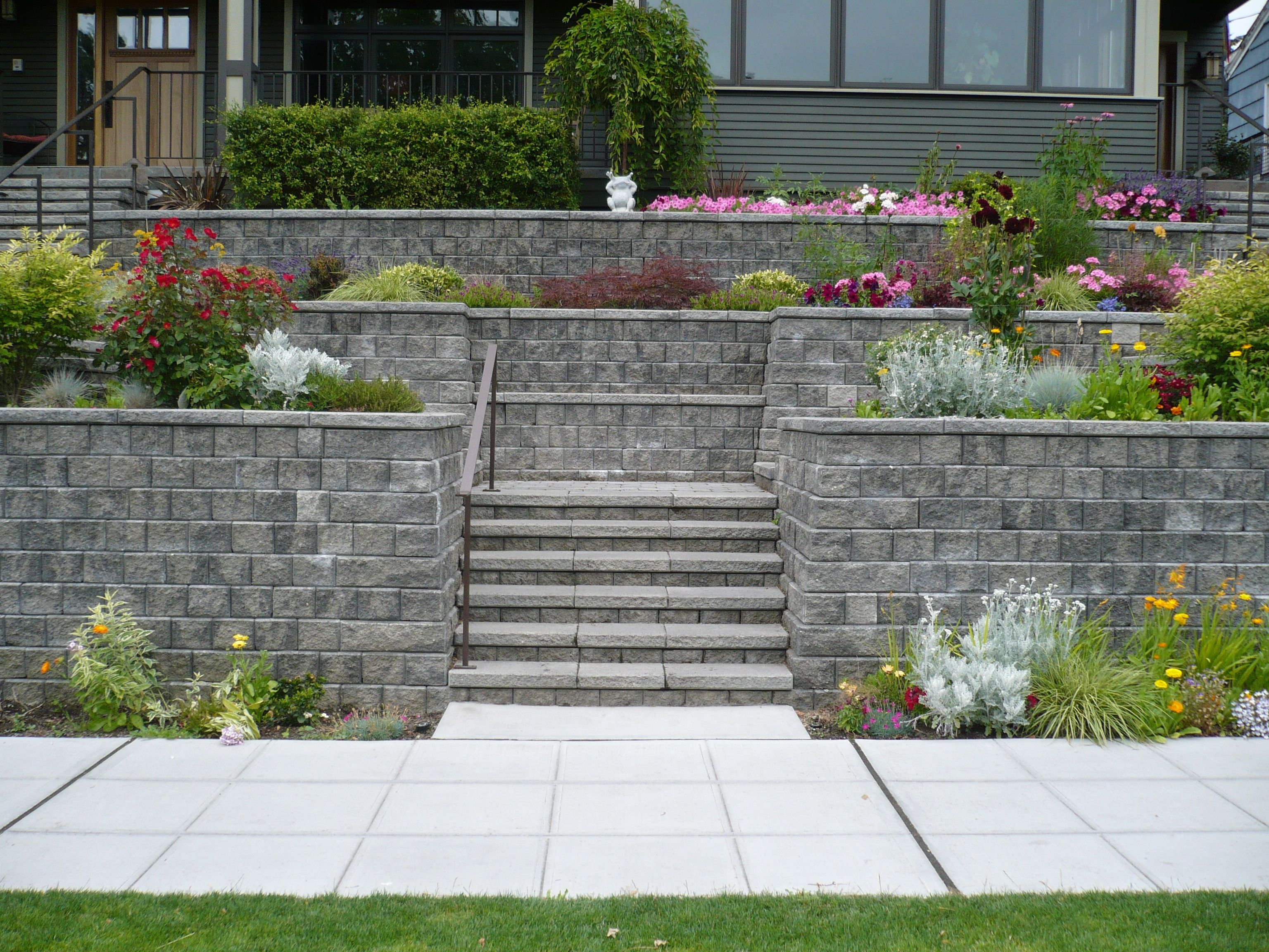 Retaining Walls - Mutual Materials   Retaining Wall Ideas ...