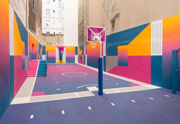 Il campo da basket colorato di Pigalle, Nike e Ill Studio - Elle ...