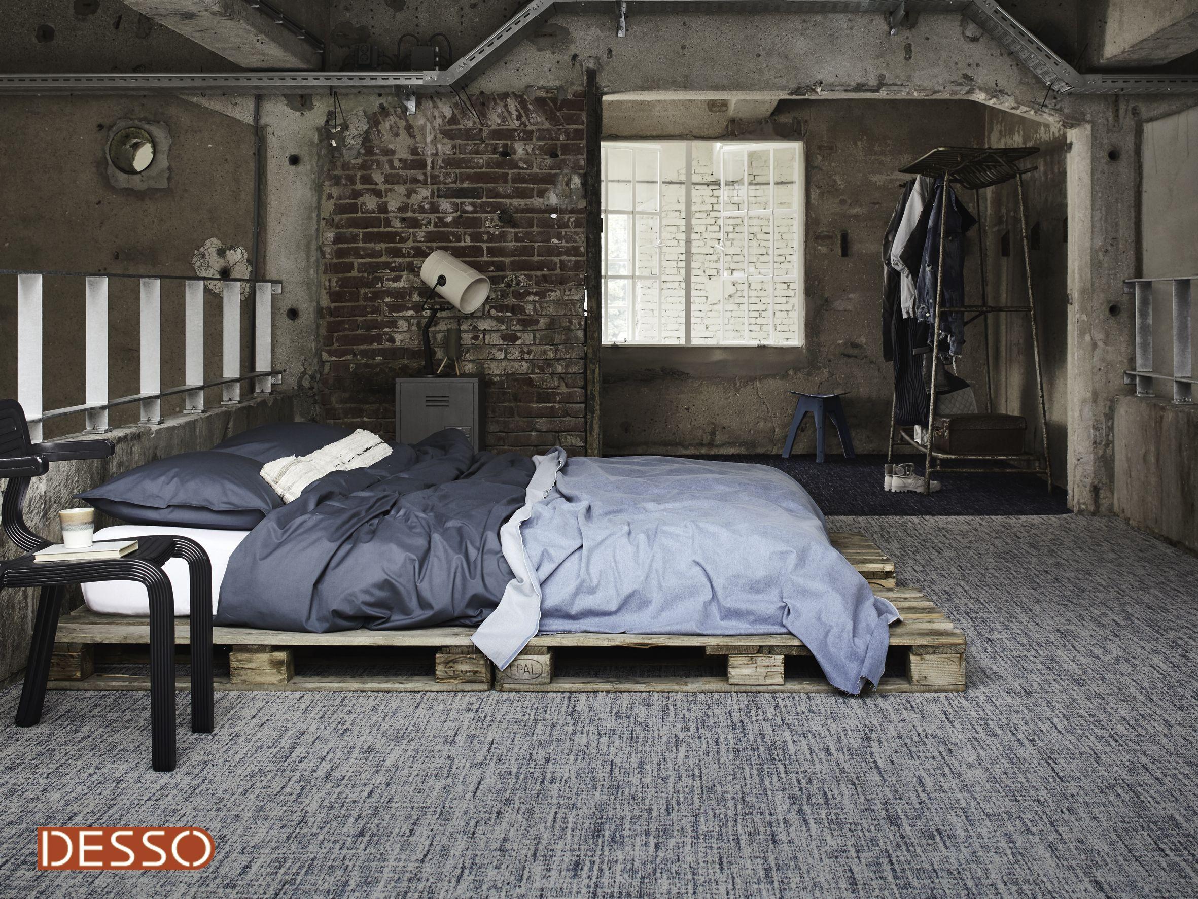 Slaapkamer Met Tapijt : Desso denim stonewash tapijt in de slaapkamer industriele