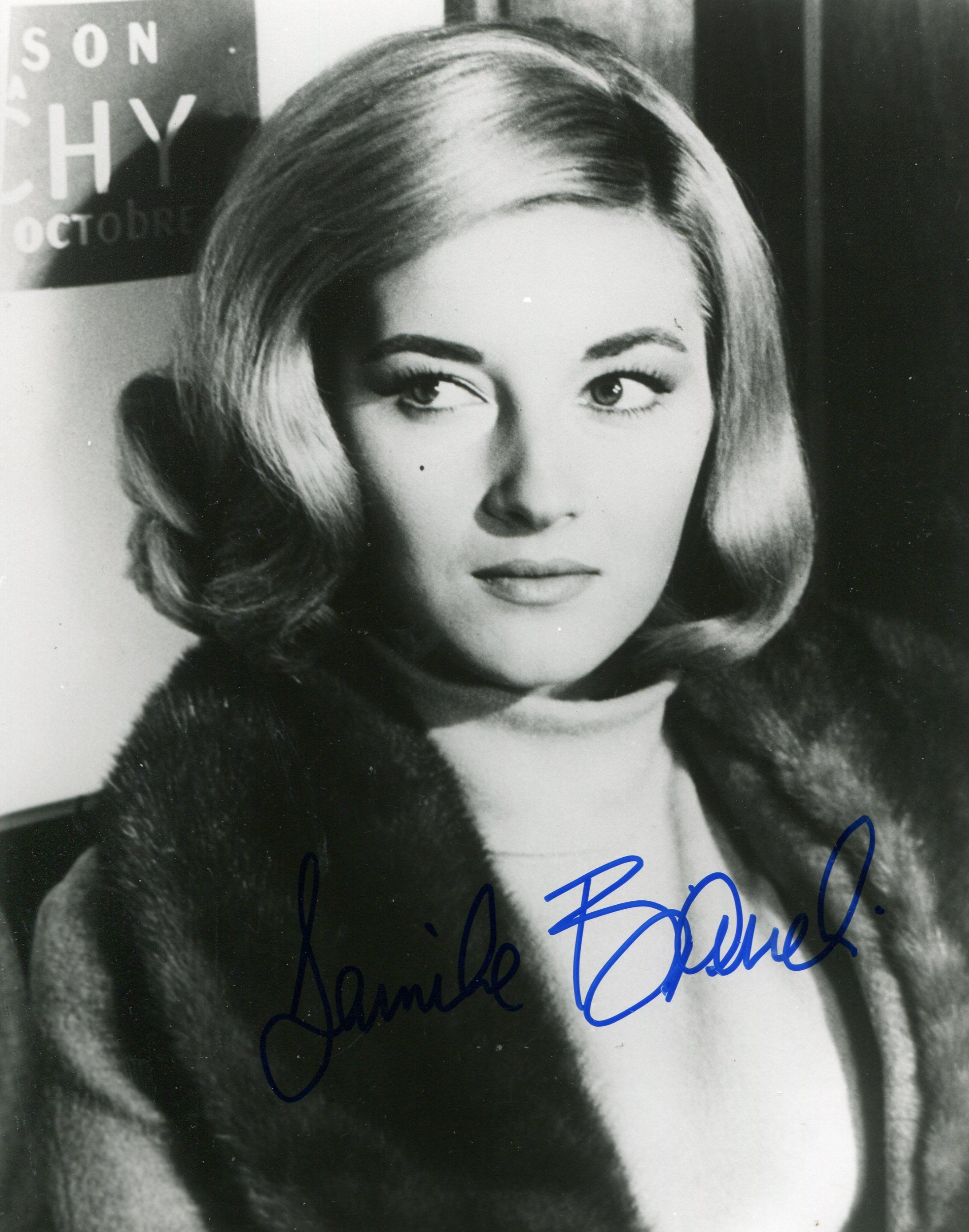 Daniela Bianchi (born 1942) naked (48 foto and video), Tits, Cleavage, Boobs, cleavage 2015