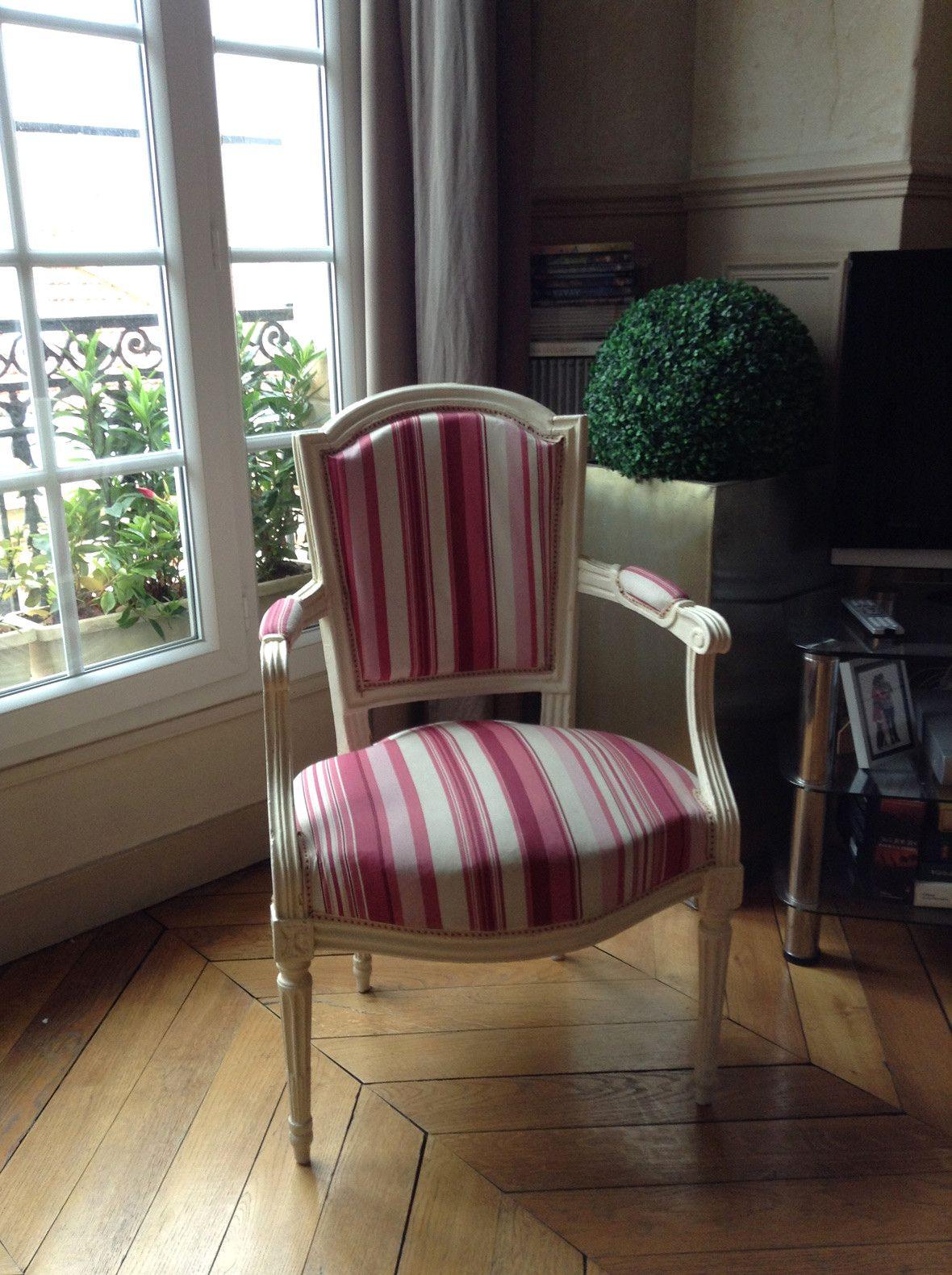 Location Appartement Meuble De 33 M2 Rue Du Cherche Midi A Paris