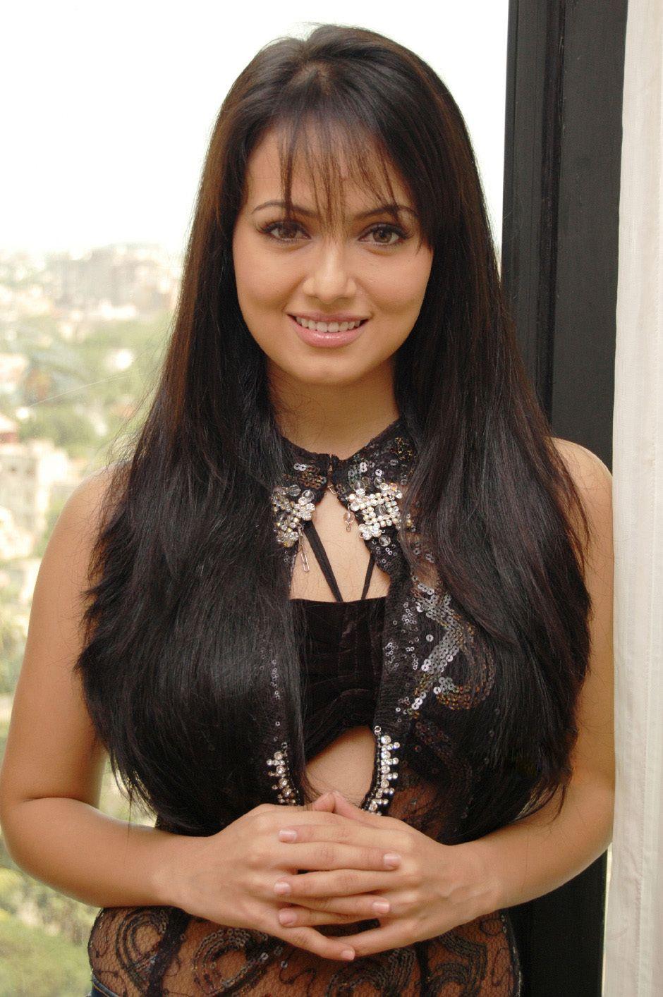 Pin by MoonDancer . on Sana Kahan South indian actress