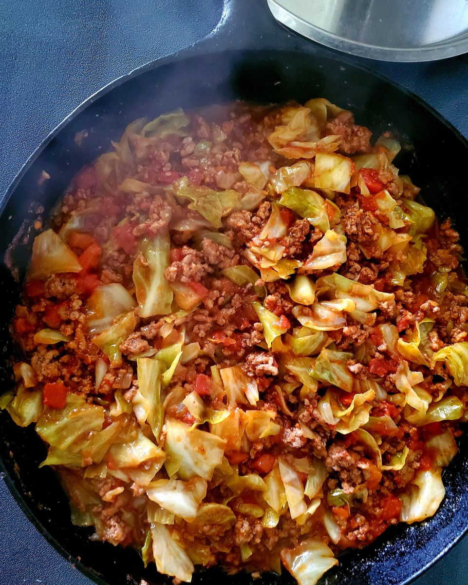 Ground Beef And Cabbage Skillet | Ground beef and cabbage ...