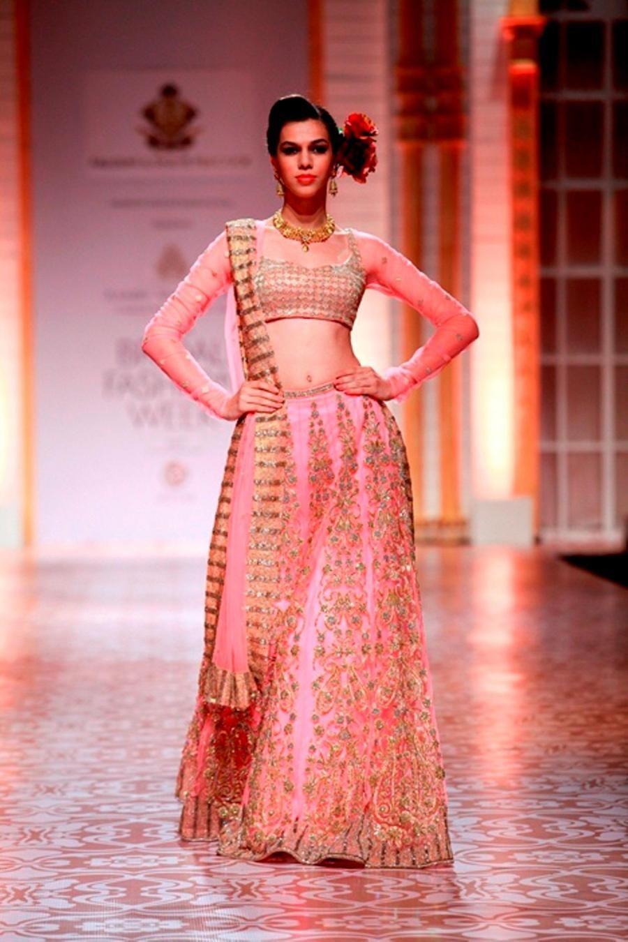 Mumbai Evelyn Sharma at Aamby Valley India Bridal -178282.jpg (900 ...