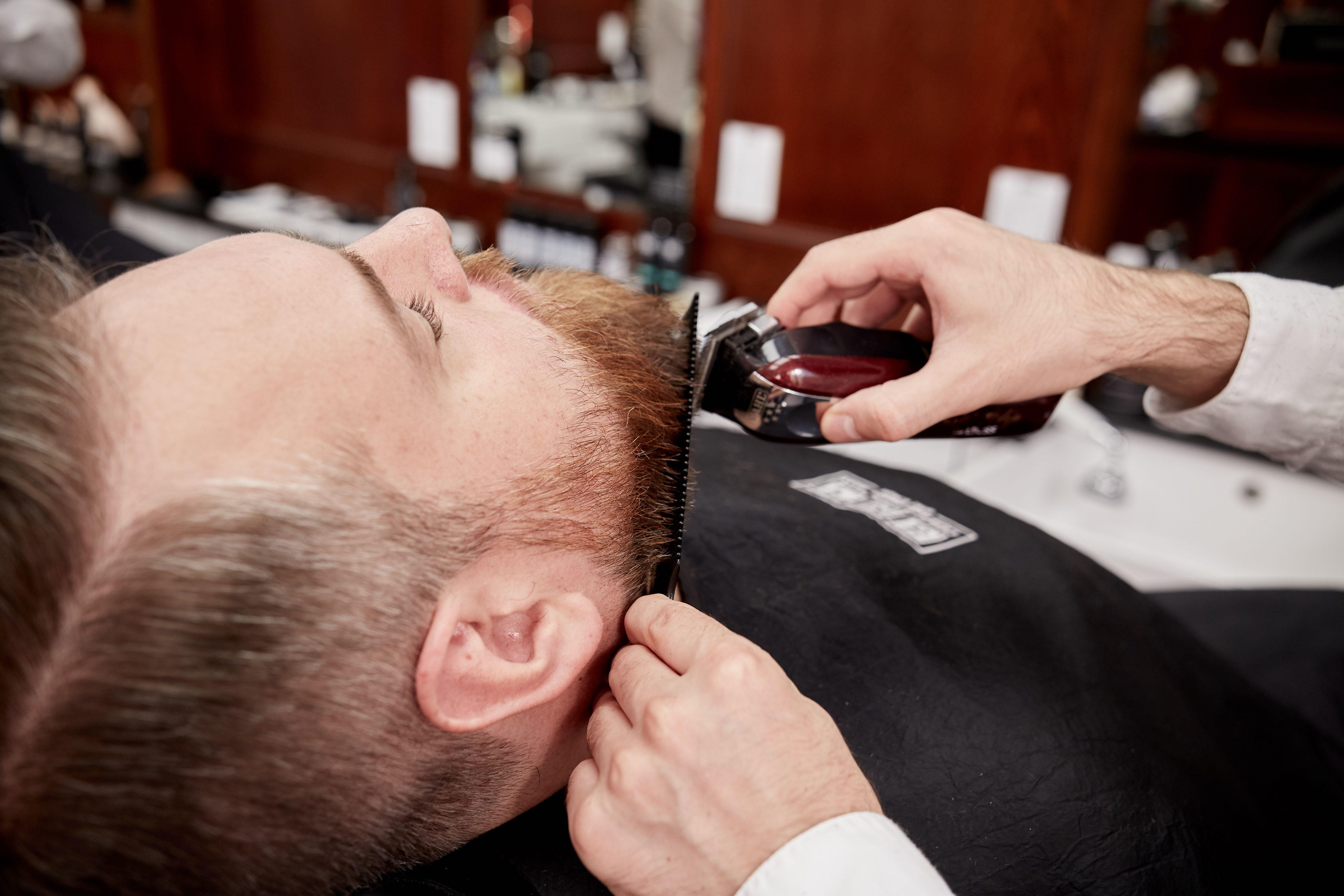 Barber Shopnyc Best Barbers Near Me Nyc Best Barbers Midtown Rockefeller Barbers Near Me In 2020 Best Barber Best Barber Shop Barber Shop Haircuts