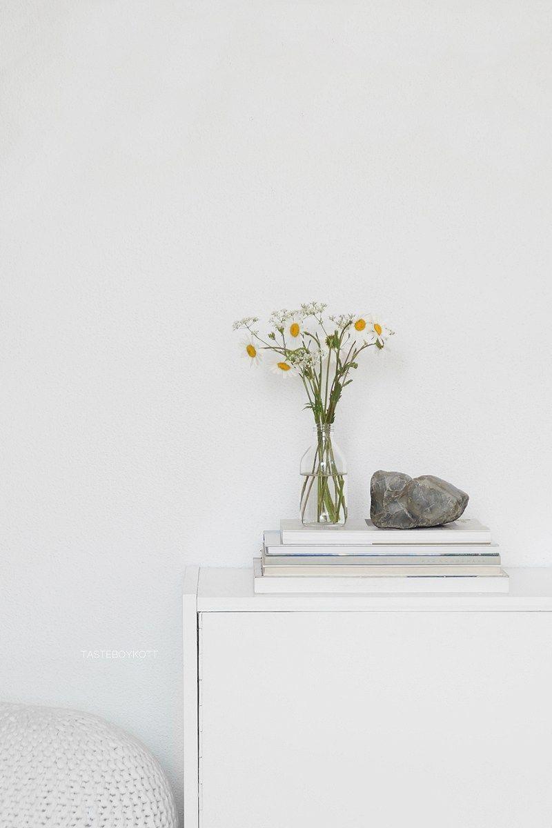 schneller dekotipp: weiße sommerblumen | meble foto | pinterest