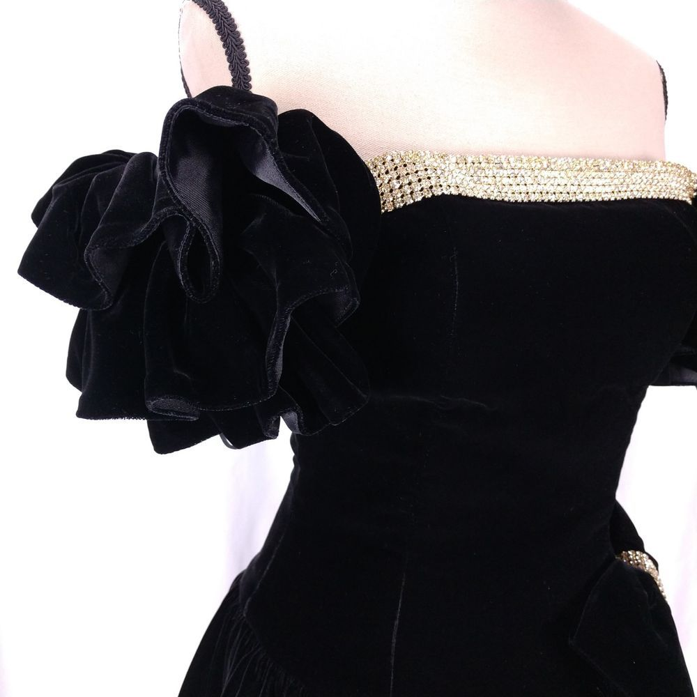 Julie duroche vintage prom dress size black velvet big ruffles bow