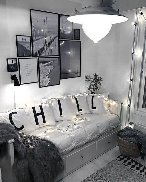 "Laura Dittrich on Instagram: ""C h i l l  nook 💆🏻 via @fortheloveofmoments ✨💡#inspiration #interiordesign #interiordecor #interiordesignideas #homedecor #homedesign…"""