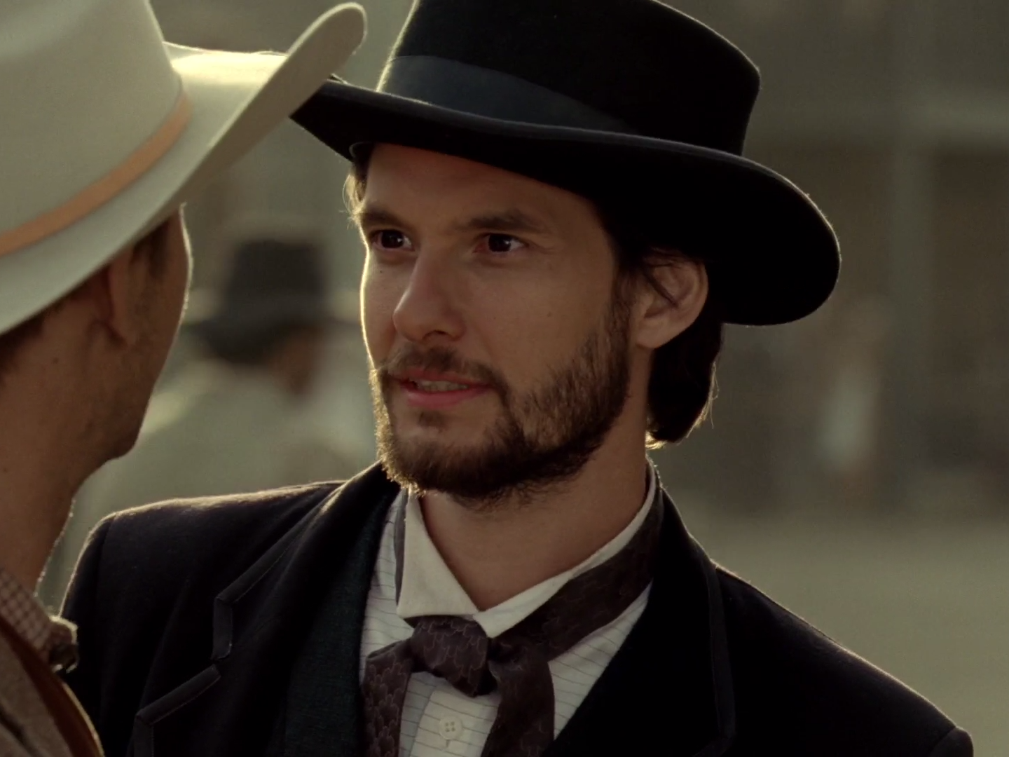 People keep mixing up these 2 'Westworld' characters — but they're