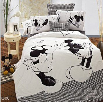 Amazon Com Mickey And Minnie Mouse King Queen Adults Cartoon Bedding Set Cotton Bed Sheet Linens Doona Duv Bed Linen Sets Mickey Mouse Bedding Disney Bedding